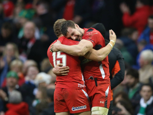 Sam Warburton and Leigh Halfpenny celebrate a remarkable victory over Ireland to keep Wales' hopes of a 3rd 6 Nations Championship in 4 years alive.